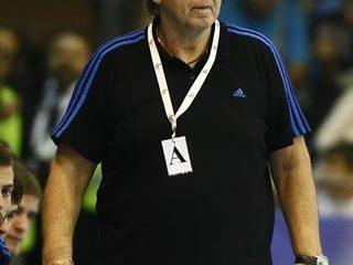 Skaliczki László a 2012–13-as szezon végén átadja a helyét