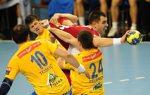 Renato Sulic (pirosban) háromszor vette be a Celje kapuját (Fotó: Mirkó István, archív)
