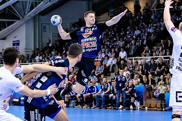 A bajnokok ligájában a hétvégén mindkét magyar csapat pályára lépett. A Veszprém szombaton Fehéroroszországban játszott és végre nyertek idegenben.A sikerhez Cupara kapus teljesitménye fontos volt.